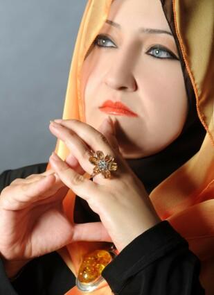 سناء شعلان